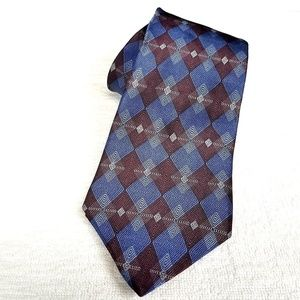 "Van Heusen 100% Silk Tie 57""x 4"" Red/Blue EUC"